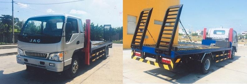 Xe JAC nâng đầu chở máy công trình