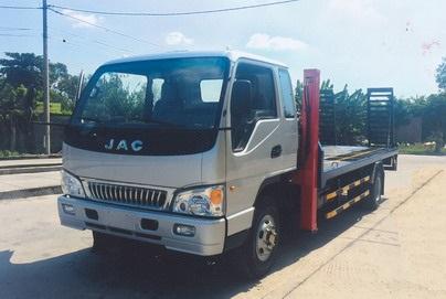 Xe nâng đầu chở máy công trình JAC 6,5 tấn 2021