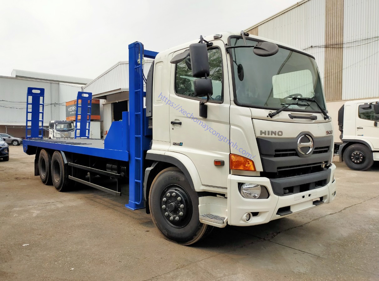 Xe nâng đầu chở máy 3 chân Hino FL trọng tải 12,2 tấn